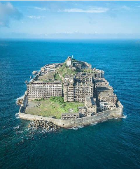 جزيرة الأشباح المهجورة في اليابان