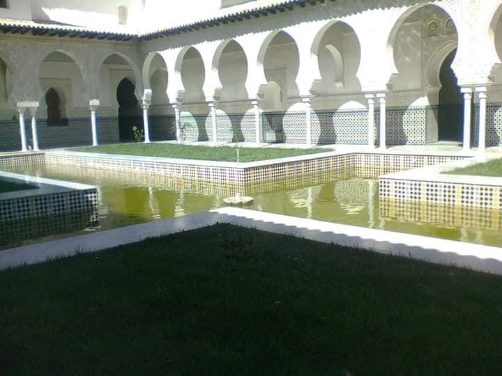 قصر المشور أو القصر الملكي